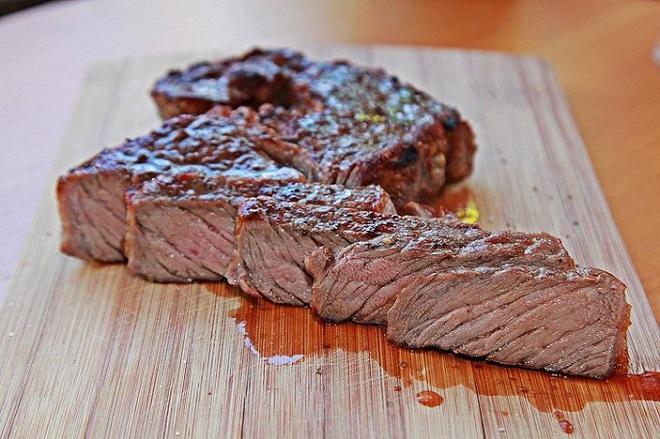 Thực phẩm gây hại thận cần tránh ăn nhiều - Ảnh 2.