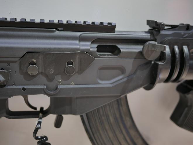 2 mẫu súng Made in Vietnam đẳng cấp TG: Đột phá táo bạo, hội tụ tinh hoa Nga-Israel - Ảnh 5.