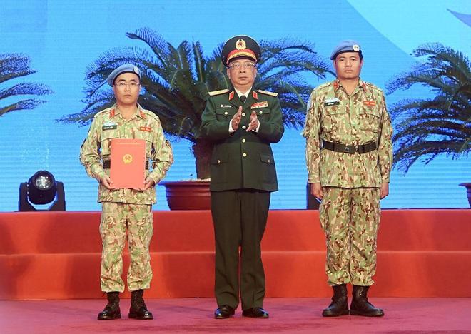 """Tự hào những """"sứ giả hòa bình"""" từ Việt Nam - ảnh 2"""