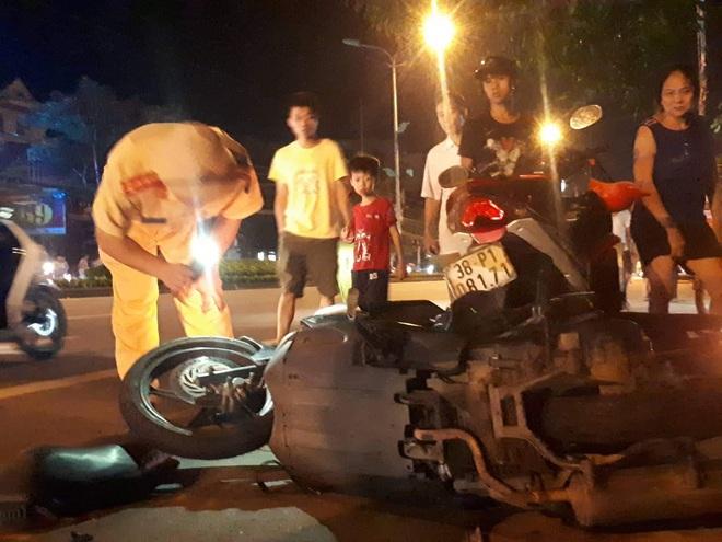 Chủ nhiệm UBKT ở Hà Tĩnh bị khởi tố vì uống rượu chạy xe gây tai nạn chết người - ảnh 1