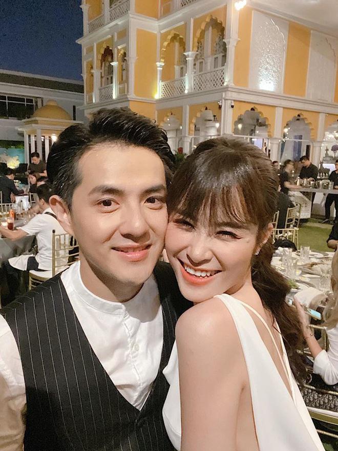 Đông Nhi hé lộ sự cố nhớ đời trong đám cưới 10 tỷ ở Phú Quốc - ảnh 1
