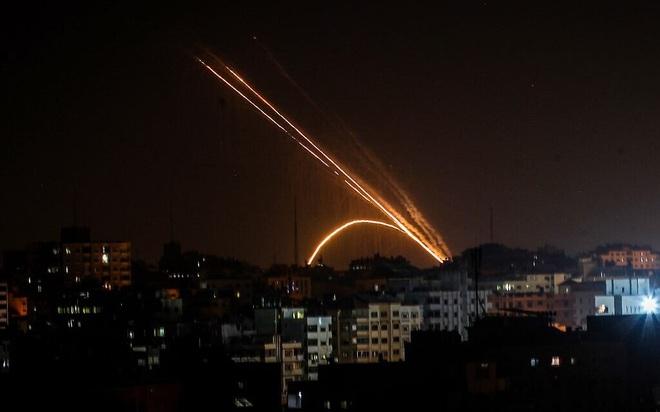 CẬP NHẬT: Nổ kho vũ khí lớn ở Thổ Nhĩ Kỳ, nhiều thương vong  - Israel tiếp tục bị tấn công dữ dội - Ảnh 21.