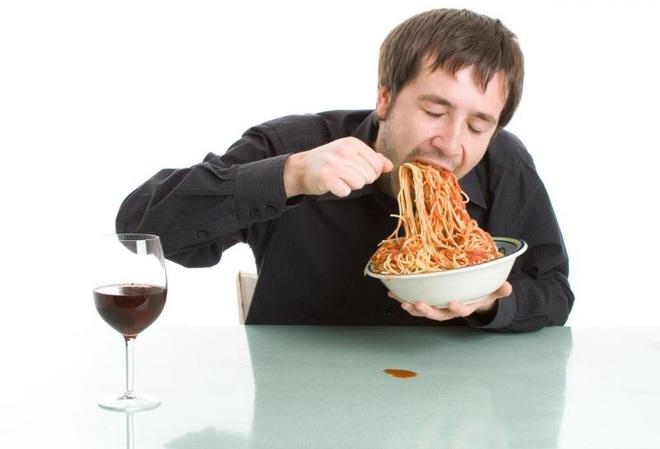 Những sai lầm trong ăn uống khiến cơ thể dễ tăng cân, béo phì - Ảnh 3.