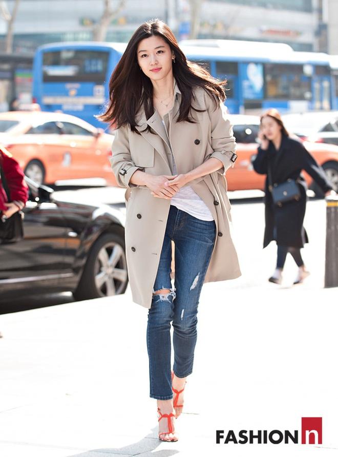 Cô nàng ngổ ngáo Jun Ji Hyun: Ngọc nữ vạn người mê thành con dâu gia tộc tài phiệt Hàn Quốc - Ảnh 9.