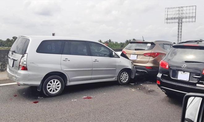 Những lỗi sơ đẳng khi đi trên đường cao tốc có thể gây tai nạn thảm khốc - Ảnh 2.