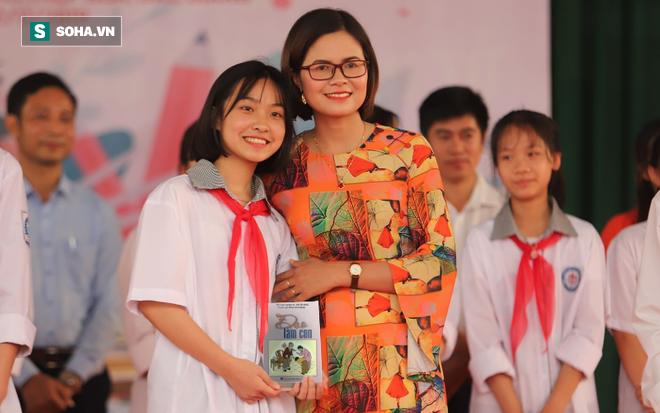 Mong ước tặng mỗi người dân Việt Nam 1 cuốn sách - Ảnh 2.