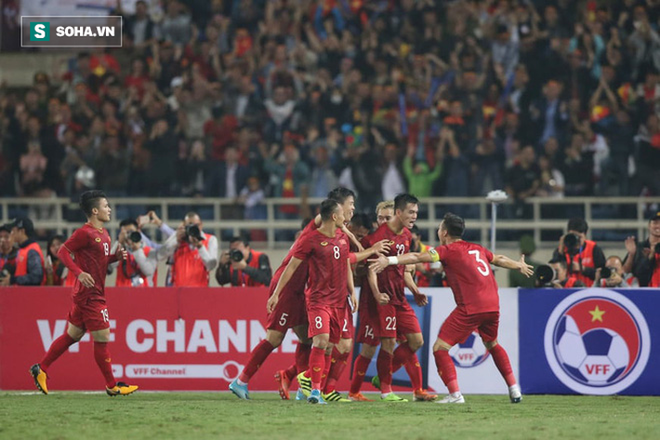 """CĐV Trung Quốc run sợ vì bóng đá Việt Nam phát triển quá mạnh: """"Họ đang từng ngày trở thành gã khổng lồ"""" - ảnh 2"""