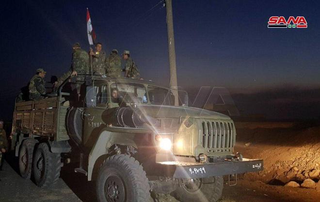 CẬP NHẬT: Trực thăng tấn công Nga rầm rập đổ bộ căn cứ Mỹ, lính đặc nhiệm phong tỏa hiện trường - Như phim hành động - Ảnh 17.
