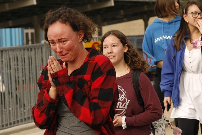 Nam sinh 16 tuổi xả súng, bắn chết hai bạn học ở California - Ảnh 4.