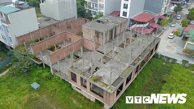 Cận cảnh dự án nhà ở 18 năm chưa hoàn thành của công an huyện Đông Anh - Ảnh 7.