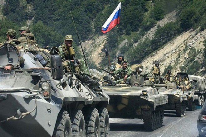 CẬP NHẬT: Trực thăng tấn công Nga rầm rập đổ bộ căn cứ Mỹ, lính đặc nhiệm phong tỏa hiện trường - Như phim hành động - Ảnh 2.