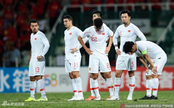 """Giữa lúc Việt Nam thăng hoa, bóng đá Trung Quốc phải """"đại cải cách"""" vì khủng hoảng"""