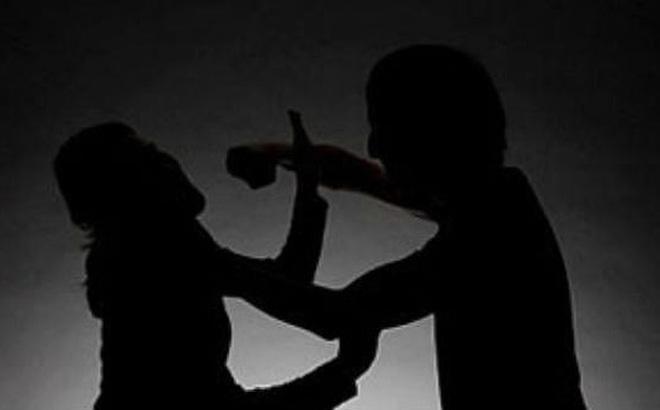 """Được em trai cầu cứu, thiếu niên 16 tuổi dùng dao đâm chết đối thủ khi """"hỗn chiến"""""""