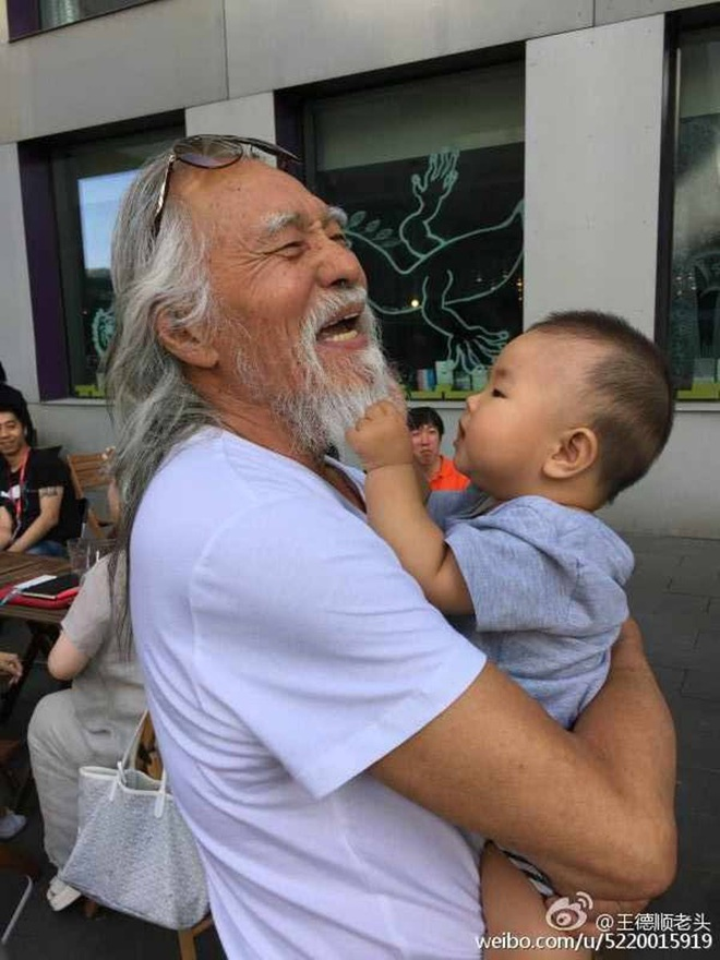 Tài tử đẹp lão nhất Trung Quốc: 83 tuổi vẫn tập gym, làm người mẫu, đóng cảnh hành động - Ảnh 12.