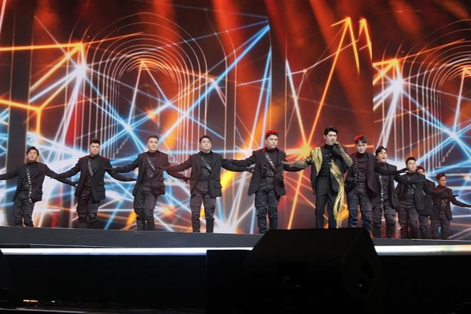Noo Phước Thịnh tự tin biểu diễn trước hơn 25 nghìn khán giả, được báo Hàn hết lời khen ngợi - ảnh 9