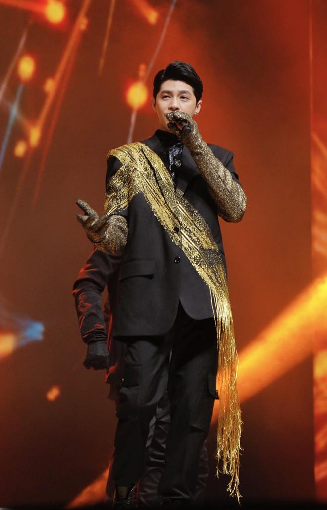 Noo Phước Thịnh tự tin biểu diễn trước hơn 25 nghìn khán giả, được báo Hàn hết lời khen ngợi - ảnh 11