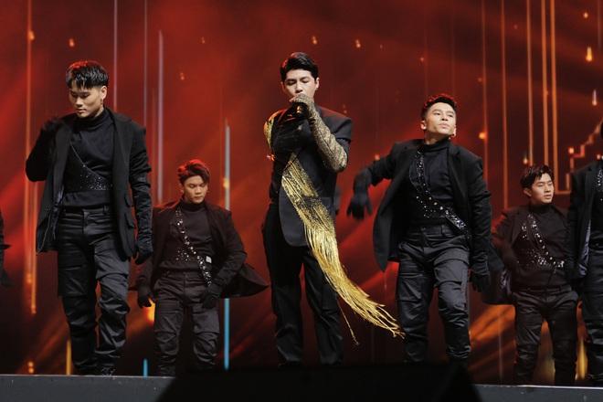 Noo Phước Thịnh tự tin biểu diễn trước hơn 25 nghìn khán giả, được báo Hàn hết lời khen ngợi - ảnh 4