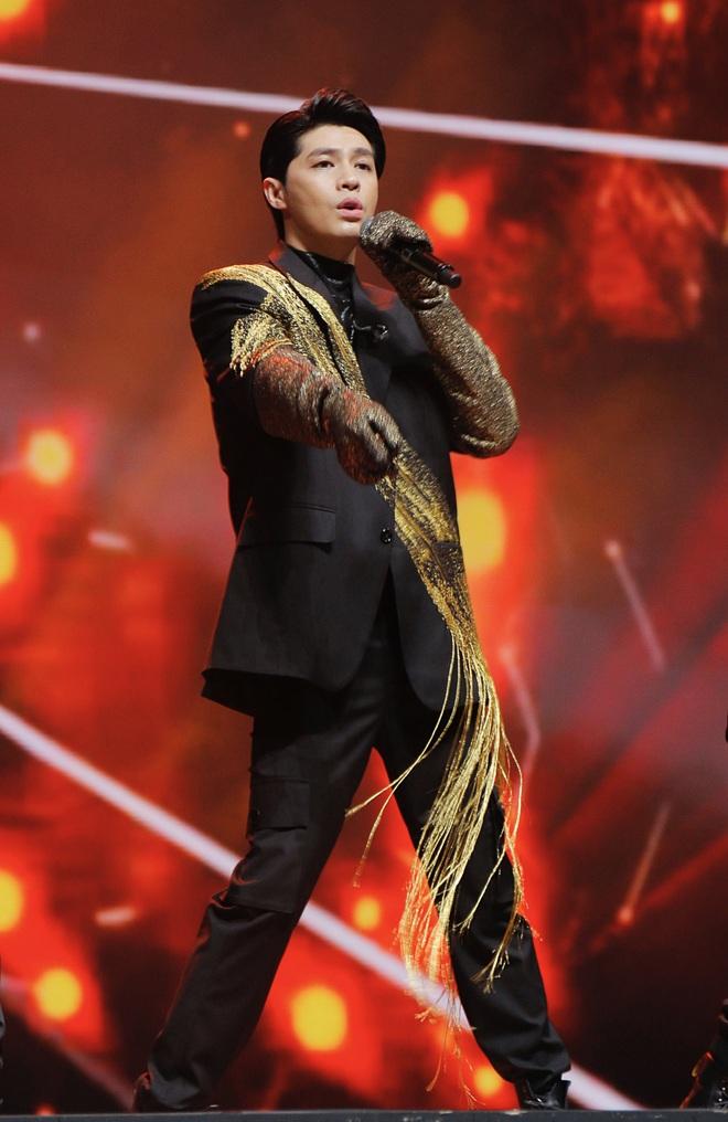 Noo Phước Thịnh tự tin biểu diễn trước hơn 25 nghìn khán giả, được báo Hàn hết lời khen ngợi - ảnh 10