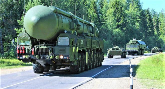 """Siêu tên lửa đạn đạo khủng khiếp Sarmat Nga và Minuteman-3 Mỹ có là """"kỳ phùng địch thủ""""? - ảnh 4"""