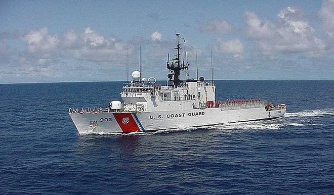 Tuần duyên Mỹ rượt đuổi tàu bán ngầm tự chế khả nghi - Ảnh 6.