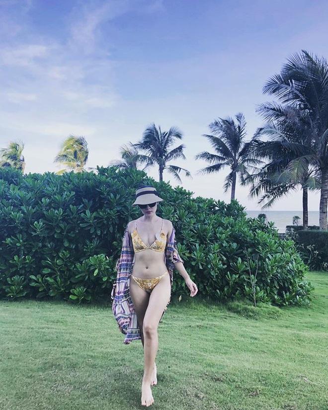 """Loạt ảnh bikini nóng """"bỏng mắt"""" của ca sĩ Phương Linh - ảnh 9"""