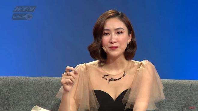 Á hậu Hà Thu bật khóc: Tôi không bỏ nhà đi vì không có chỗ nào để đi - ảnh 1