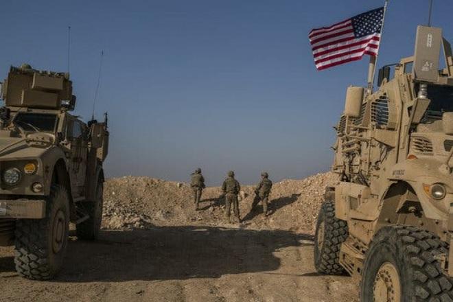 CẬP NHẬT: Người Kurd bủa vây tấn công, xe bọc thép Nga bốc cháy - QĐ Syria thiệt hại nặng, mất 3 phi công? - Ảnh 8.