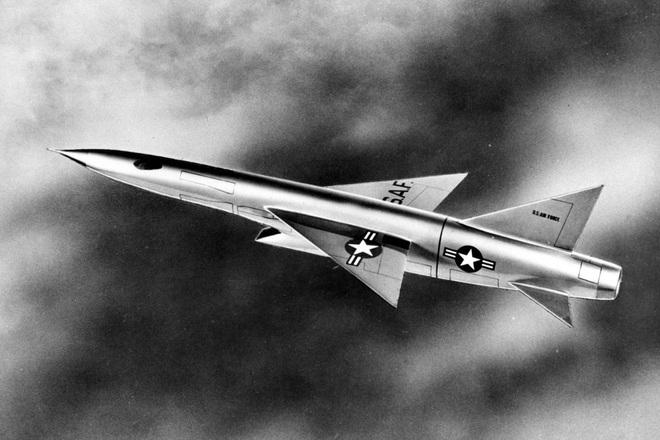 Siêu tiêm kích đánh chặn Mach 3 của Mỹ: Chưa chắc diệt nổi máy bay Nga, mà còn thảm bại trên chiến trường Việt Nam - ảnh 1