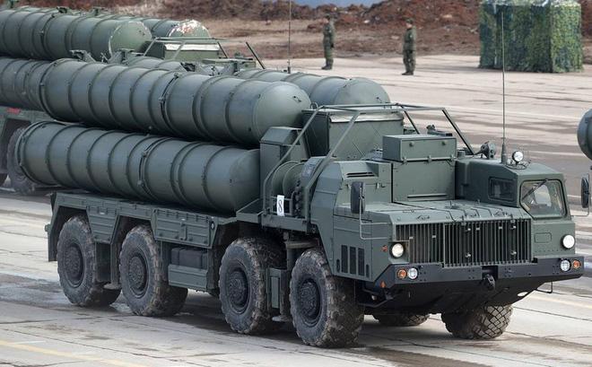 """Nga bắt đầu sản xuất S-400 và sẽ """"giao hàng"""" cho Ấn Độ năm 2025"""