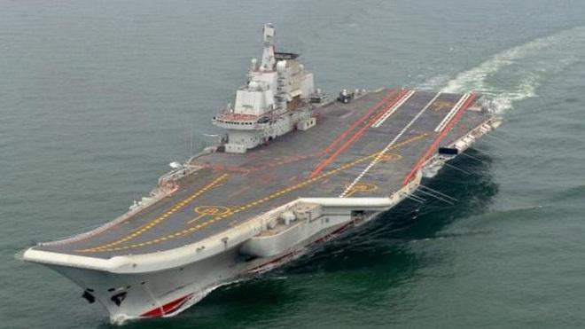 Vừa kêu gọi Mỹ ngừng 'khoe cơ bắp', Trung Quốc đưa tàu sân bay vào Biển Đông tập trận  - Ảnh 1.