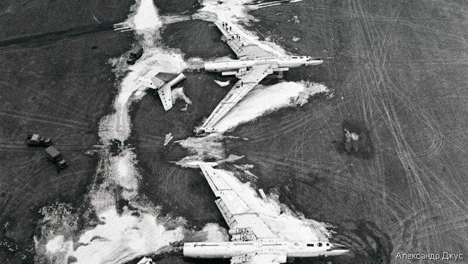 Người Nga đau đớn: Đối trọng của siêu pháo đài bay B-52 đã bị máy chém Mỹ băm nhỏ? - Ảnh 2.