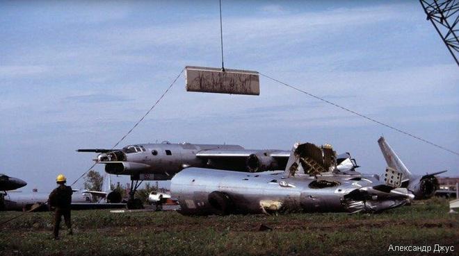 Người Nga đau đớn: Đối trọng của siêu pháo đài bay B-52 đã bị máy chém Mỹ băm nhỏ? - Ảnh 6.