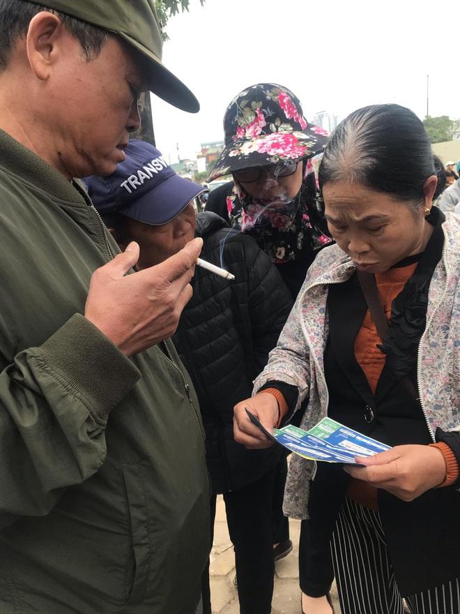 Cầm chưa nóng tay, thương binh đã vội bán, hét giá vé Việt Nam – Thái Lan cao gấp 5 lần - Ảnh 5.