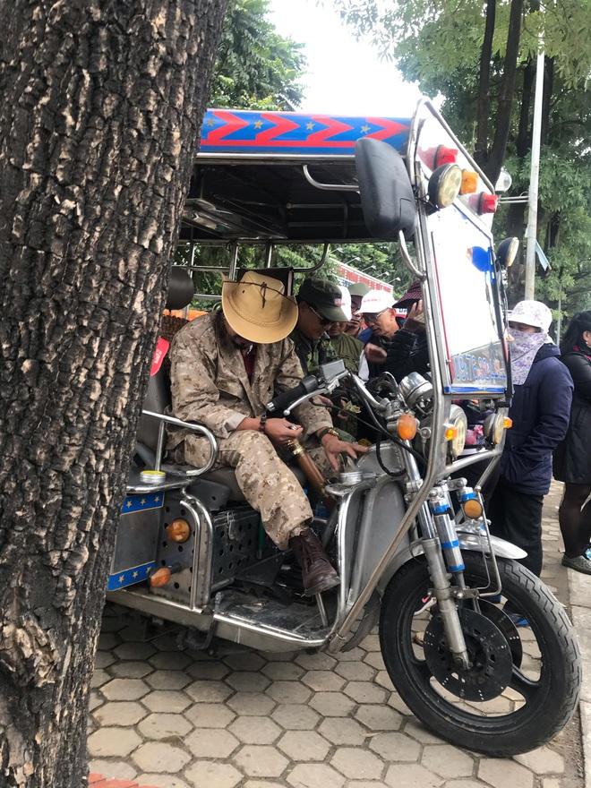 Cầm chưa nóng tay, thương binh đã vội bán, hét giá vé Việt Nam – Thái Lan cao gấp 5 lần - Ảnh 6.