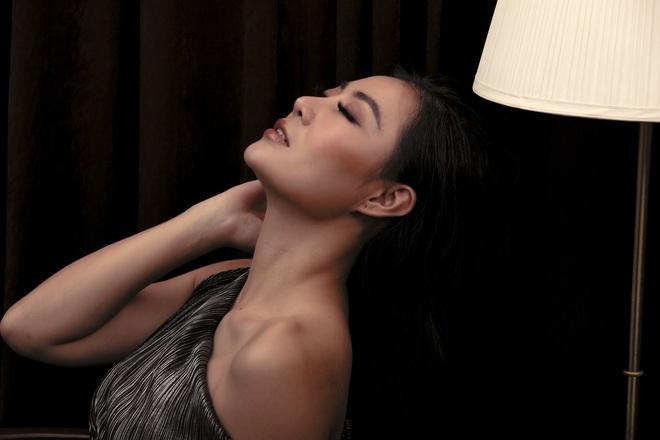 Không cần hở bạo, Thanh Hương vẫn đầy gợi cảm - ảnh 4