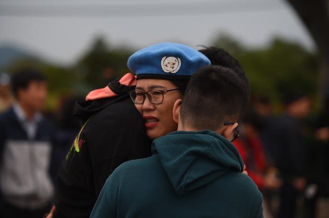 Cảm động lễ tiễn quân nhân lên đường thực hiện nhiệm vụ gìn giữ hòa bình tại Nam Sudan - Ảnh 6.