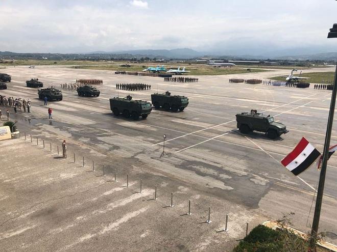 Xe thiết giáp Nga suýt thất thủ ở Syria: Rất lì lợm - Cứu bàn thua trông thấy! - Ảnh 2.