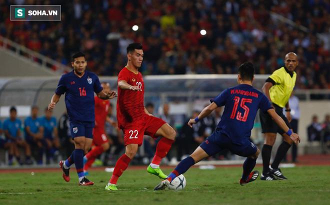 CĐV châu Á trầm trồ với trận đấu Việt Nam - Thái Lan, khen ngợi thủ thành Đặng Văn Lâm