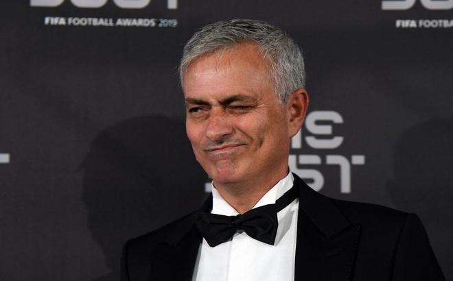 Chính thức: Mourinho tái xuất Premier League trong vai trò HLV Tottenham