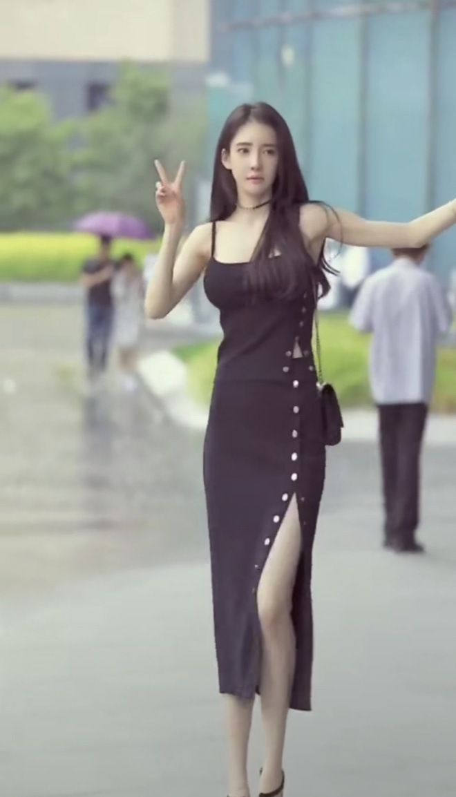 Đăng clip khoe dáng, hot girl bị 'bóc mẽ' qua loạt ảnh người qua đường chụp: Xinh thì có nhưng kéo chân hơi quá - ảnh 8