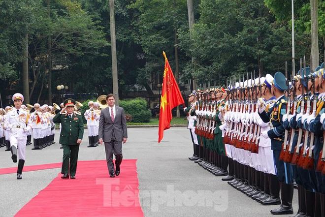 Bộ trưởng Quốc phòng Việt - Mỹ hội kiến tại Hà Nội - Ảnh 2.