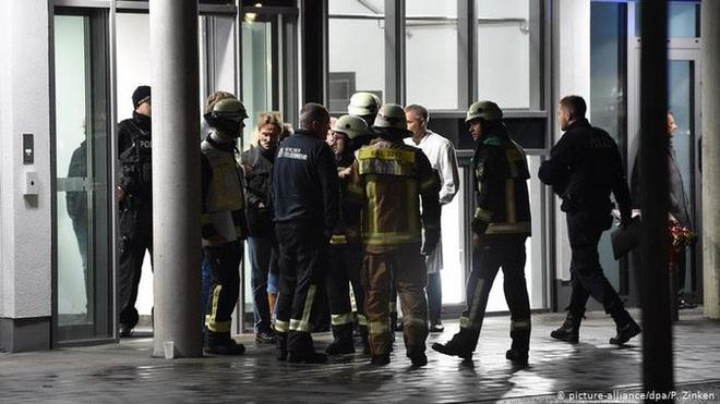 Con trai cố tổng thống Đức bị đâm chết khi đang giảng bài - ảnh 1