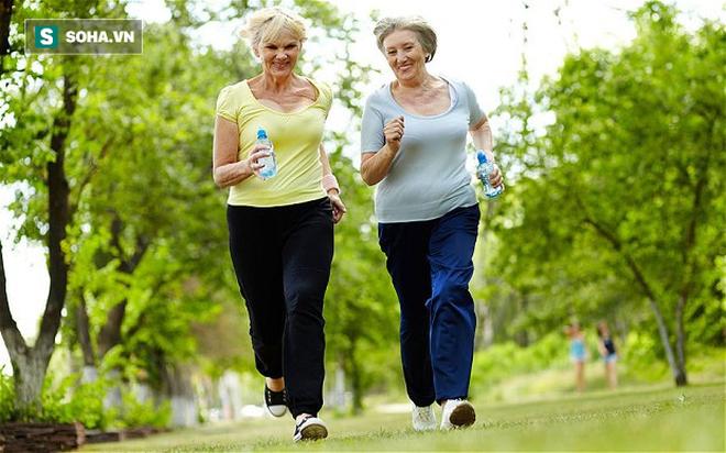 Các nhà khoa học tuyên bố: Đi bộ 50 phút mỗi tuần giảm nguy cơ tử vong sớm tới 30% - Ảnh 4.