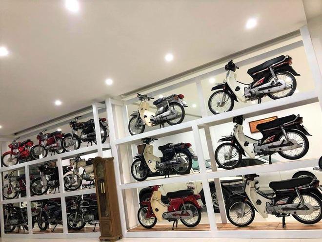 Bảo tàng xe cổ cực hiếm, đáng giá cả gia tài của đại gia Lâm Đồng khiến dân xe dậy sóng - Ảnh 1.