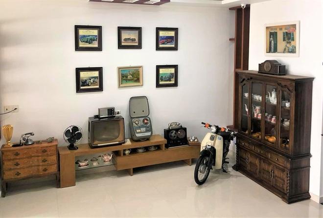 Bảo tàng xe cổ cực hiếm, đáng giá cả gia tài của đại gia Lâm Đồng khiến dân xe dậy sóng - Ảnh 8.