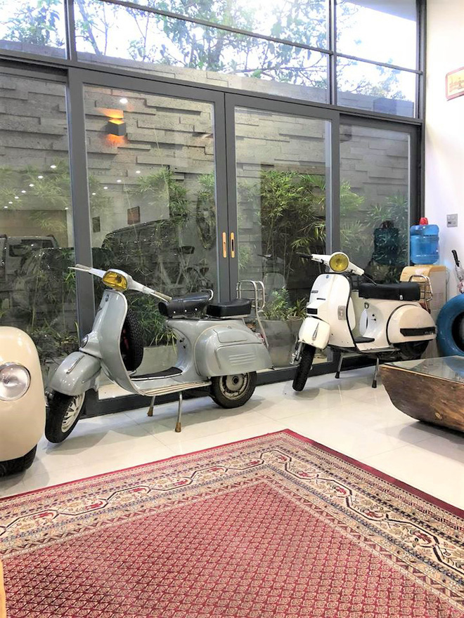 Bảo tàng xe cổ cực hiếm, đáng giá cả gia tài của đại gia Lâm Đồng khiến dân xe dậy sóng - Ảnh 9.