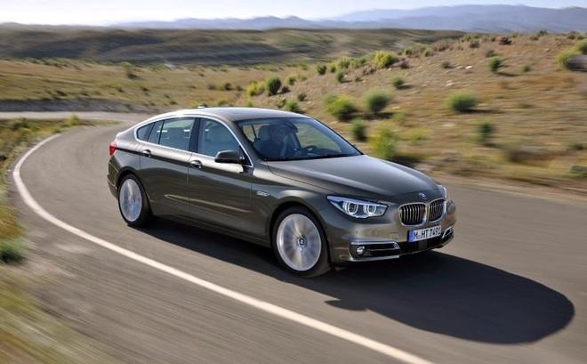 Đợt giảm giá mạnh nhất trong năm, BMW hạng sang xuống mức thấp kỷ lục
