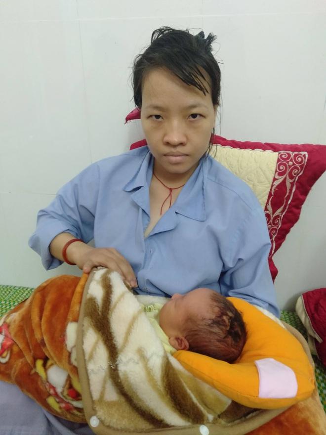 Bác sỹ mổ sinh rạch trúng đầu thai nhi khiến gia đình bức xúc - Ảnh 2.