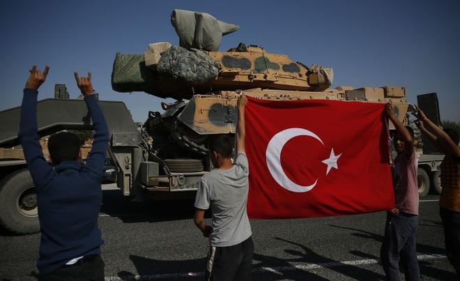"""Bị Thổ Nhĩ Kỳ cho ăn """"bánh vẽ"""", Nga ngây thơ rơi vào bẫy tử thần ở Bắc Syria? - ảnh 1"""