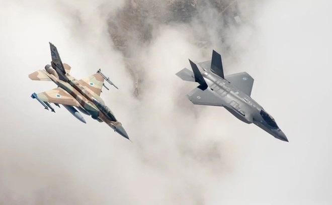 """""""Sáng bắn rocket Tel Aviv, tối chết trên giường Damascus"""": Vì sao Israel tự tin dọa dẫm Iran?"""